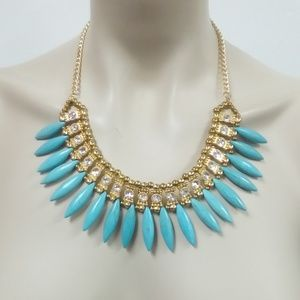 NWT Turquoise Howlite Necklace Set